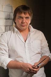 художник Влад Кравчук